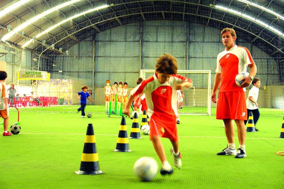 5567af935d ASTCU inaugura escolinha de futebol para associados » Sindilegis