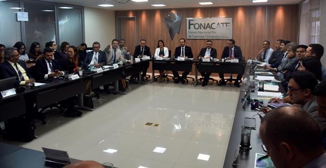 Em reunião no Fonacate, Sindilegis e entidades somam forças para combater a reforma da Previdência