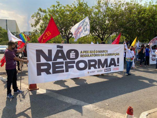 Sindilegis segue com protestos contra Reforma Administrativa na Câmara dos Deputados